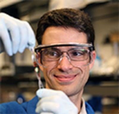 UC San Diego NanoEngineering Professor Darren Lipomi Wins Diversity Award
