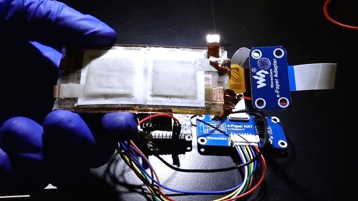 This flexible and rechargeable battery is 10 times more powerful than state of the art